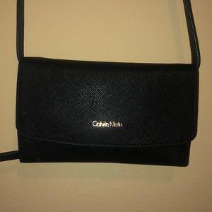 calvin klein cross body wallet/ purse